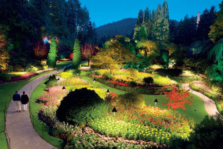 Lạc Vào Thế Giới Kỳ Hoa Dị Thảo Với Những Khu Vườn Xanh